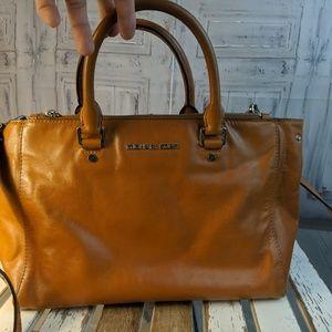 Michael Kors purse tote handbag bag satchel crossb
